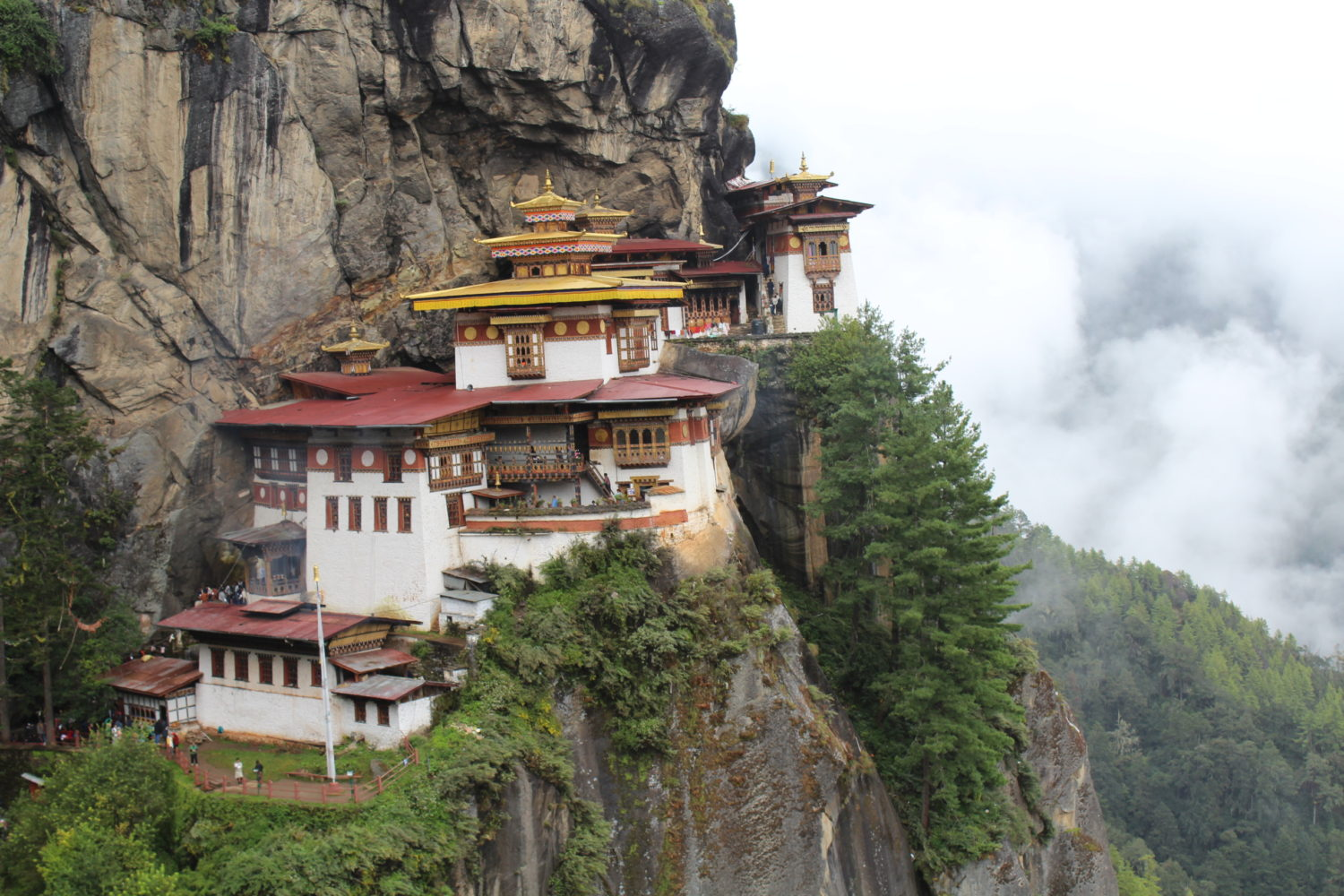 Why Tiger's Nest Bhutan Hike Blew Our Mind? Our Experience